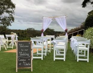 Wedding-Lace arbour with fresh flowers - Headland Golf Club